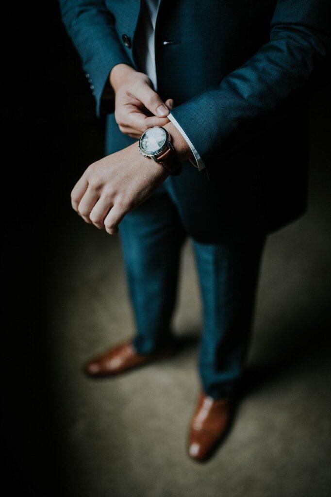 Men in suits_1